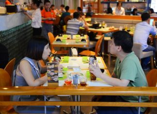 Nước chấm 'nhỏ mà có võ'trong ẩm thực Việt