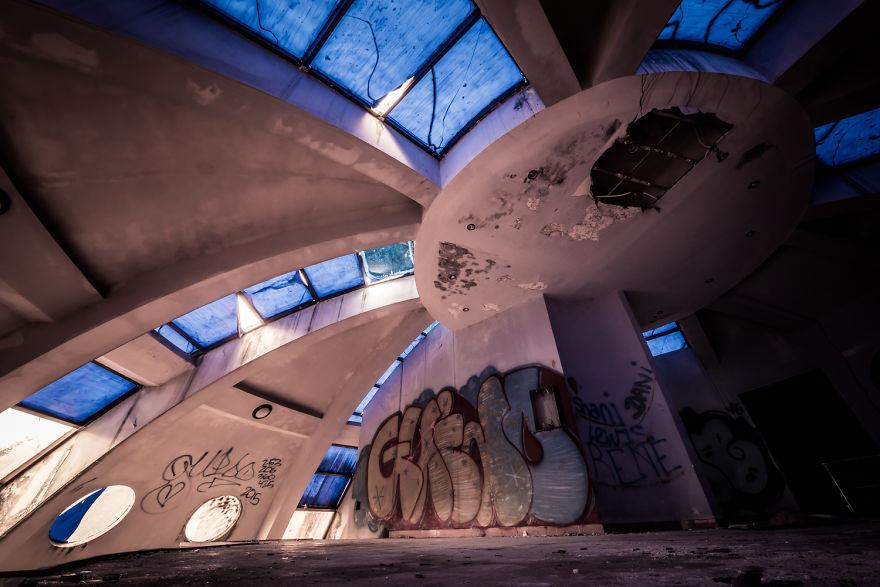 5 công trình bị bỏ hoang tại Việt Nam, muốn có những bức ảnh kì bí hết cả hồn thì nhất định phải đến! - Ảnh 16.
