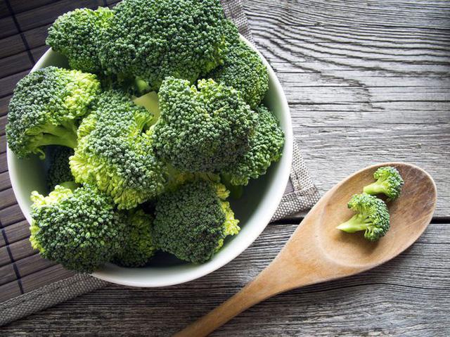 Có những loại rau củ chứa ít calo nhưng mang đến cho bạn nhiều dinh dưỡng tuyệt vời - Ảnh 5.