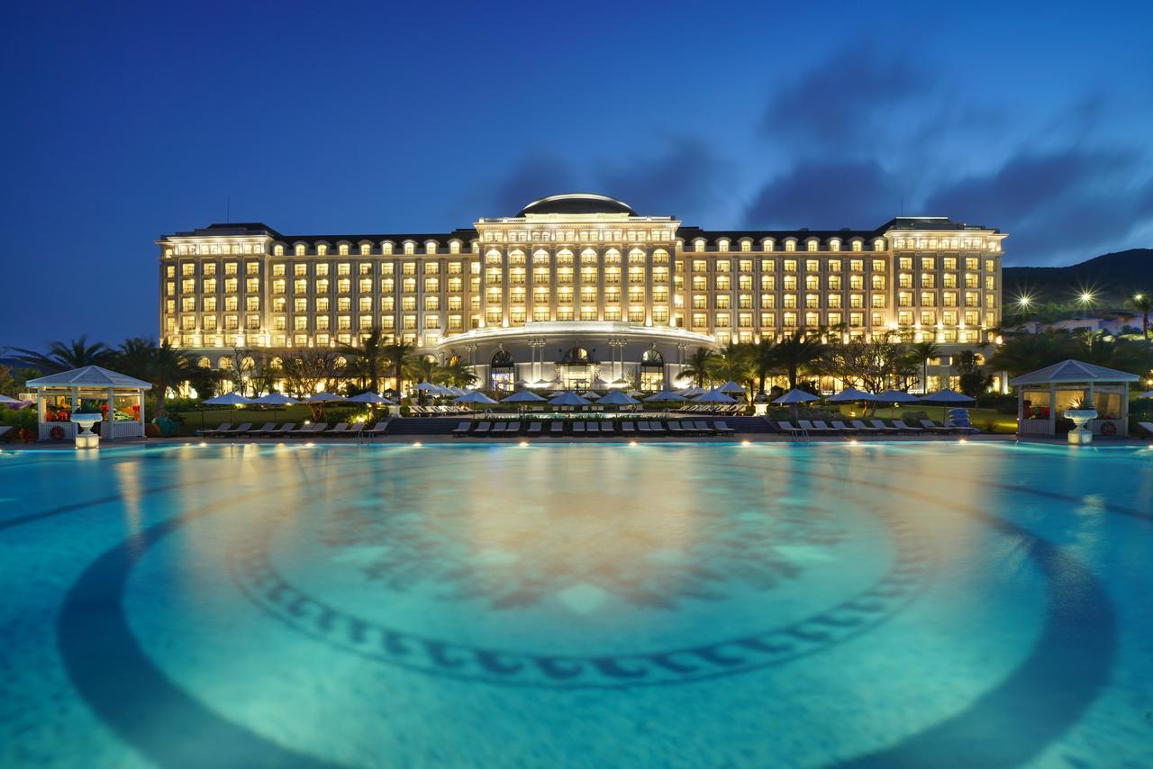 Khách Sạn, Resort trên Những Hòn Đảo Trong Vịnh Nha Trang.