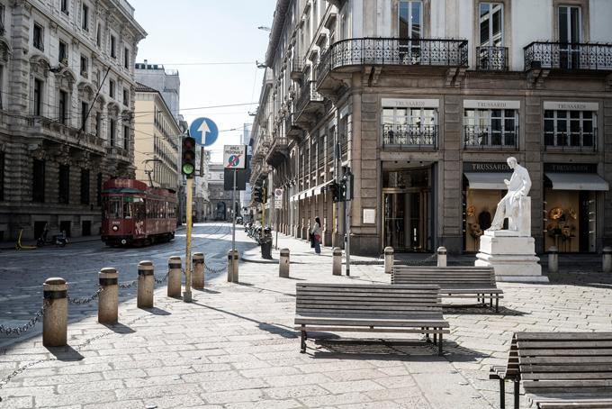 Các điểm du lịch Italy trống vắng vì Covid-19 - 10