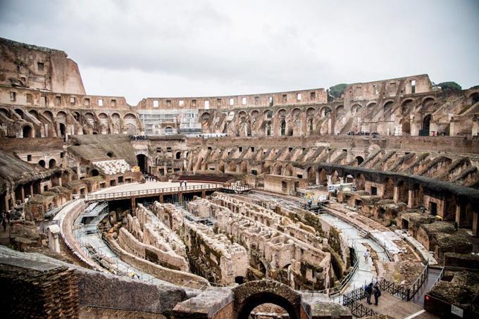 Các điểm du lịch Italy trống vắng vì Covid-19 - 1