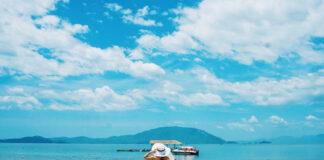 Nơi đây chắc chắn sẽ khiến bạn phải mê mẩn trước vẻ đẹp của biển xanh. Ảnh: hiyoanhle